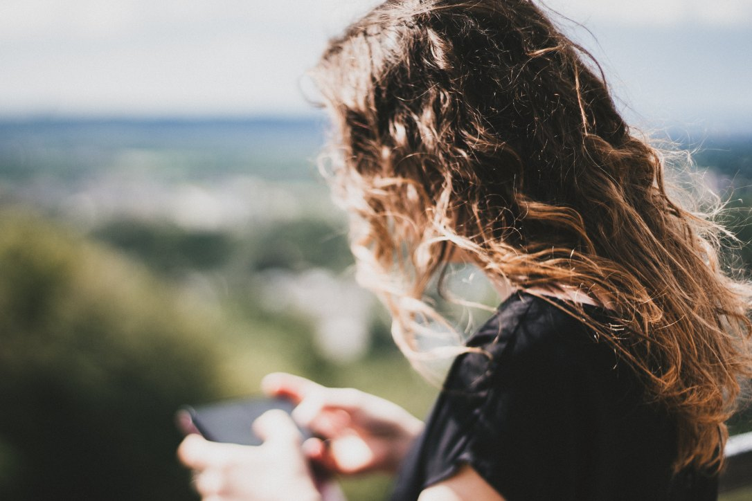 When your teen has a broken heart there are things you can do to help. Neuroscience has recently uncovered what is happening in our brains during love and heartbreak and we can use this knowledge to help our teenagers heal from their breakup.